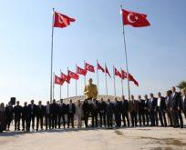 Atatürk anıtı yeni yerinde