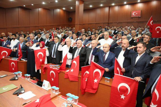 """Mehmetçik'e """"arkanızdayız"""" mesajı"""