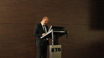 KTO Başkanı Öztürk aşı konusuna dikkat çekti