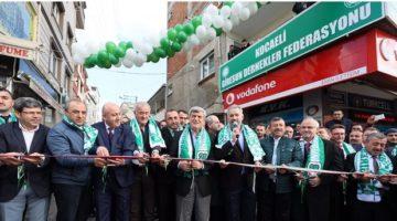 Karaosmanoğlu, Giresun Dernekler Federasyonu'nun Gebze'de ki merkez binasının açılışında