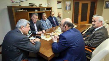 Bem-Bir-Sen Genel Başkanı Karaosmanoğlu'nu Ziyaret Etti