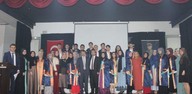 Hisar Okulları Anadolu Lisesi'nde Mezuniyet Heyecanı