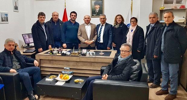 Tahsin Tarhan çalışmalarına Karamürsel ziyaretleriyle devam etti.