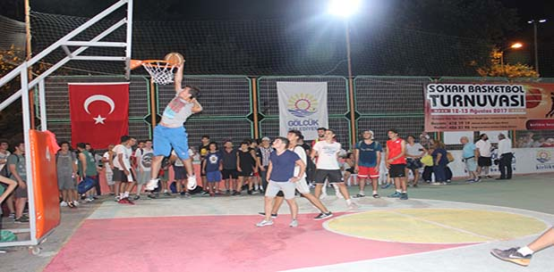 Sokak Basketbol Turnuvası Heyecanı Sona Erdi