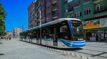Akçaray'da günlük ortalama 25 bin yolcu taşınıyor.