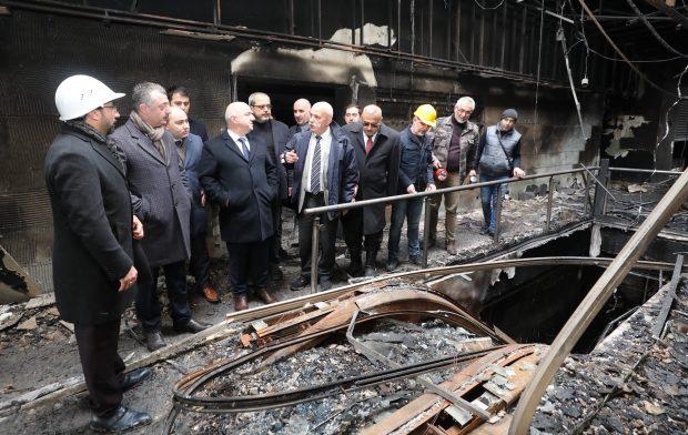 Darıca'daki AVM yangının ardından iş yeri sahiplerini ziyaret