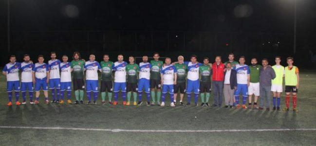 3-3 berabere biten maçta kazanan dostluk oldu.