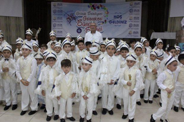 74 Çocuk Sünnet olup Erkekliğe adım attı