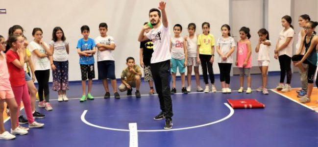 Atletizm yaz spor okuluna ilgi büyük