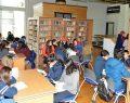 Büyükşehir Halk Kütüphanesinde kitap okuma etkinliği