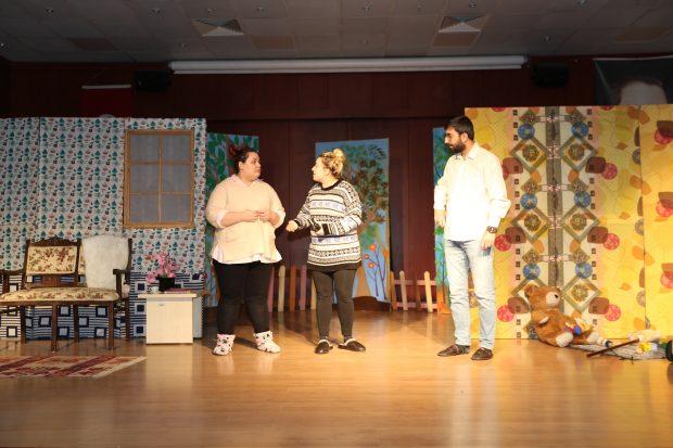 Çayırova'lı Çocuklar Tiyatroları Çok Sevdi