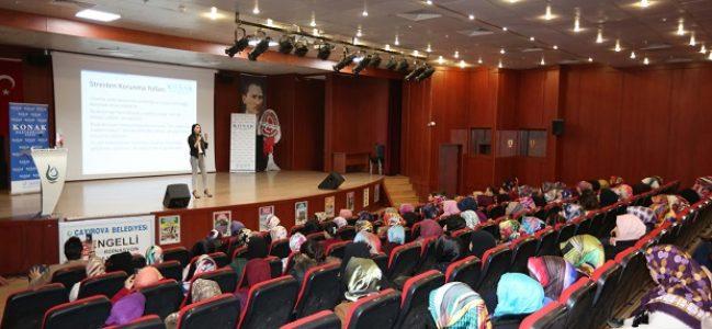 Çayırova'lı Hanımlar Stresle Baş Edebilme Yöntemlerini Konuştu