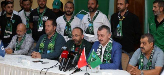 """""""Kocaelispor Süper Lig'de mücadele etmeli"""""""