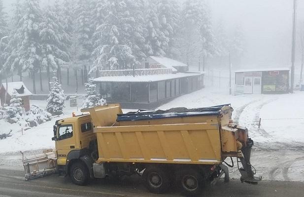 Yollar Buzlanmaya Karşı Güvenli Hale Getiriliyor