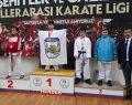 Karateciler Sakarya'dan 20 madalya ile döndü