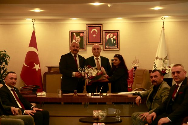 MHP İlçe Yönetiminden Bıyık'a  Ziyaret