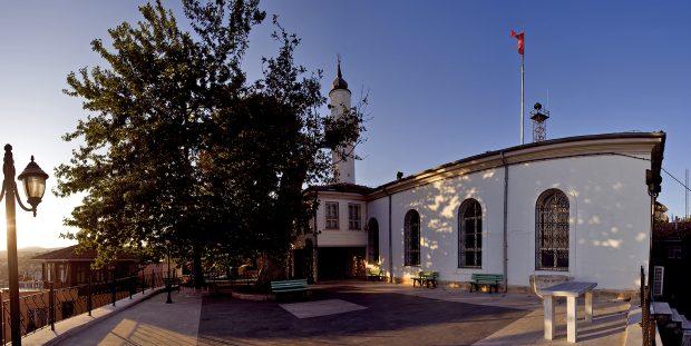Orhan Camii'nde Enderun usulü teravih kılınacak
