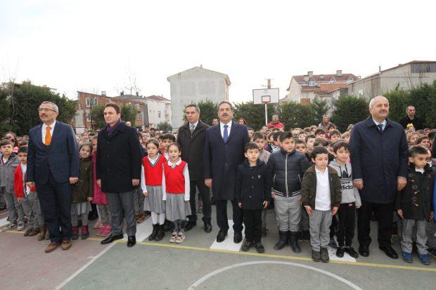 Güler ve Büyükgöz Alp Tiryakioğlu İlkokulu'nda