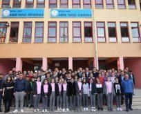 Güler ve BüyükgözAdem Yavuz Okulunda