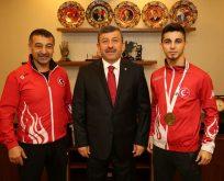 Karabacak,Avrupa Şampiyonu Şamdan'ı Ağırladı.