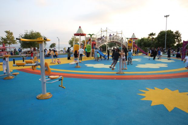 Darıca'da çocuk parkları yenileniyor
