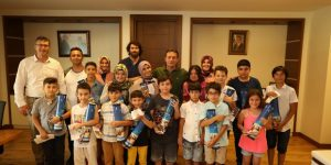 Satrançın Şampiyonlarından Ziyaret