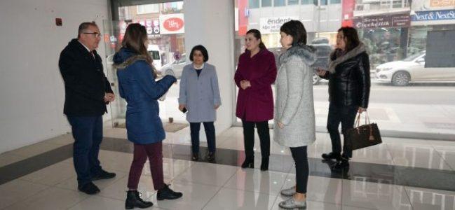 Hürriyet'ten İzmit'e 'Halk Market'