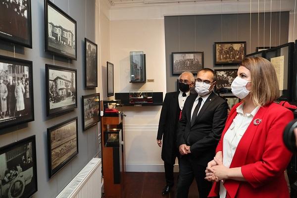 Atatürk Müzesi İzmit'te kapılarını açtı