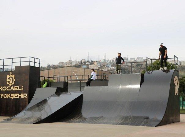 Seka Park kaykay pisti yenilendi