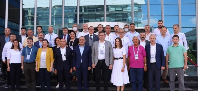 CHP Kocaeli'den adaylarına kurultayda tam destek