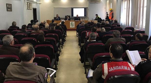 Gebze'de Emniyet ve Güvenlik Tedbirleri ile Muhtarlar Toplantısı Yapıldı.