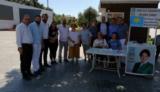 İYİ Parti Gebze kolları sıvadı