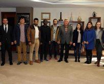 Karaosmanoğlu,Uluslararası Öğrenciler Kulübü'nü konuk etti.