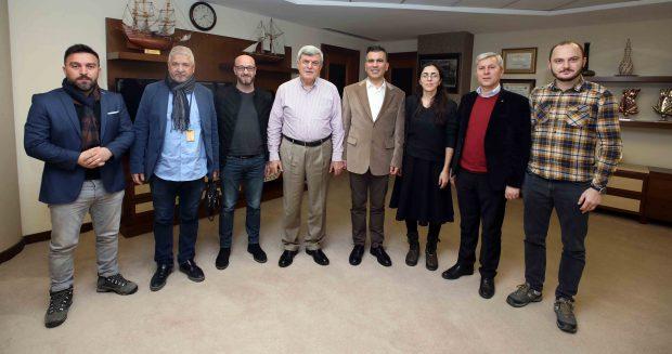 Karaosmanoğlu, Gazeteciler Cemiyeti yönetimi ile buluştu