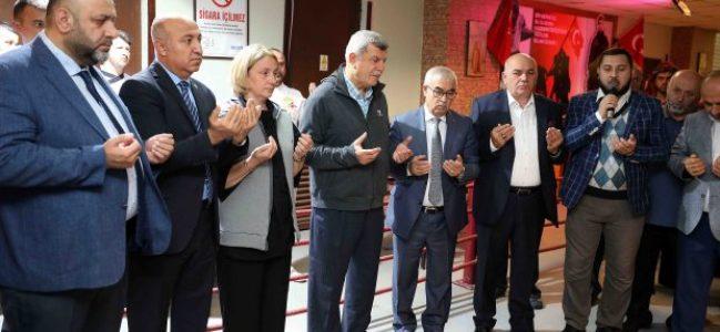 Karaosmanoğlu, geleneksel bereket duasında