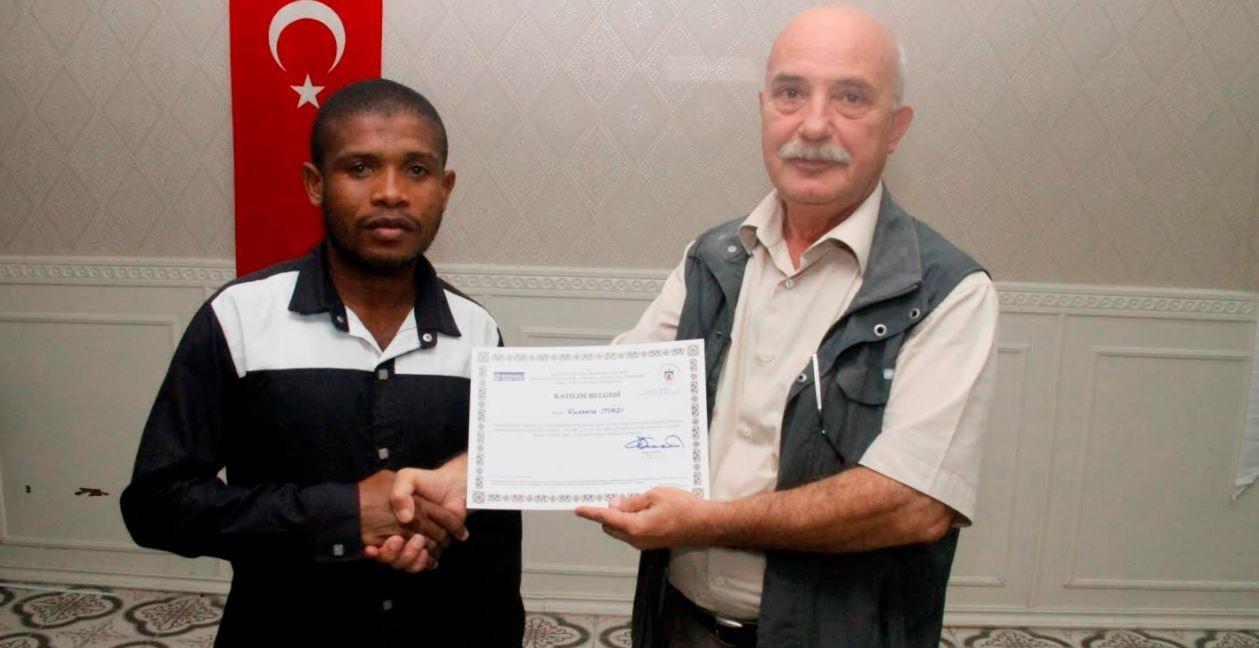 Afrikalı itfaiyeciler Kocaeli'de sertifika aldı