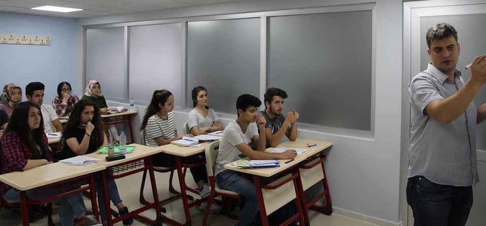 Gebze Akademi yaz okuluna büyük ilgi