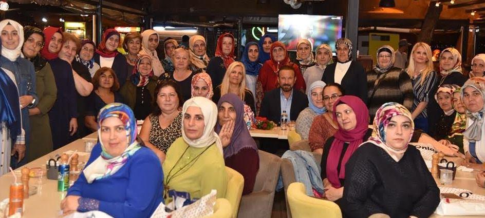 Ak Partili Kadınlardan Veda Yemeği