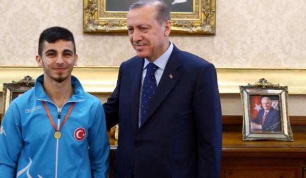 Gururumuz Eray Şamdan Avrupa Şampiyonu!