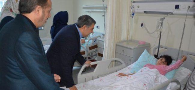 Şayir hastaları ziyaret etti