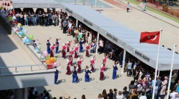 Karamürsel'de 9 bin 433 öğrenci karne aldı