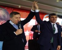 İYİ Parti'de 'Bayrak' hareketi