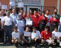 Beyaz Kalpler'de 17 öğrenciye sertifika