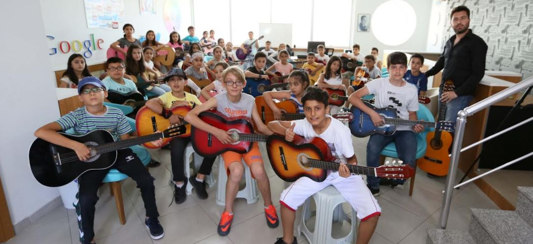 Çayırova Gençlik Merkezi'nde Kayıtlar Başladı