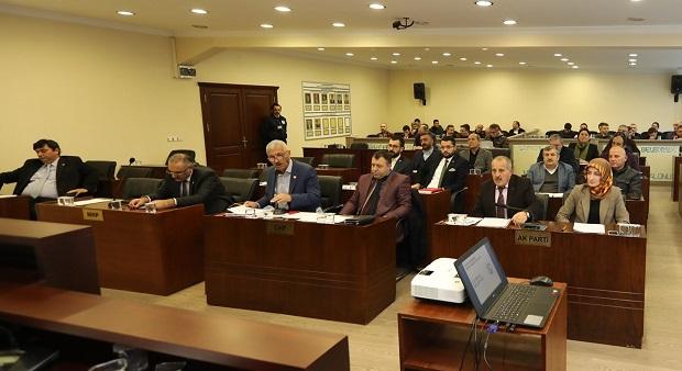 CHP, İşçi Çıkarmalarını Meclis Gündemine Taşıdı