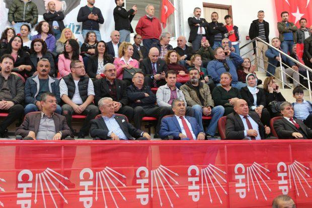 CHP'de 'Kriz' Çözülmedi