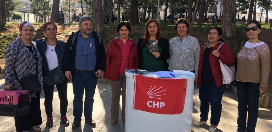CHP'li Kadınlardan İmza Kampanyası