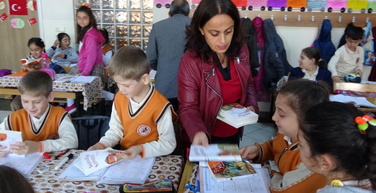 Yazar Füsun Çetinel Çocuklarla Buluştu