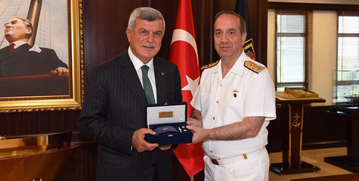 Donanma ve EDOK Komutanına Ziyaret