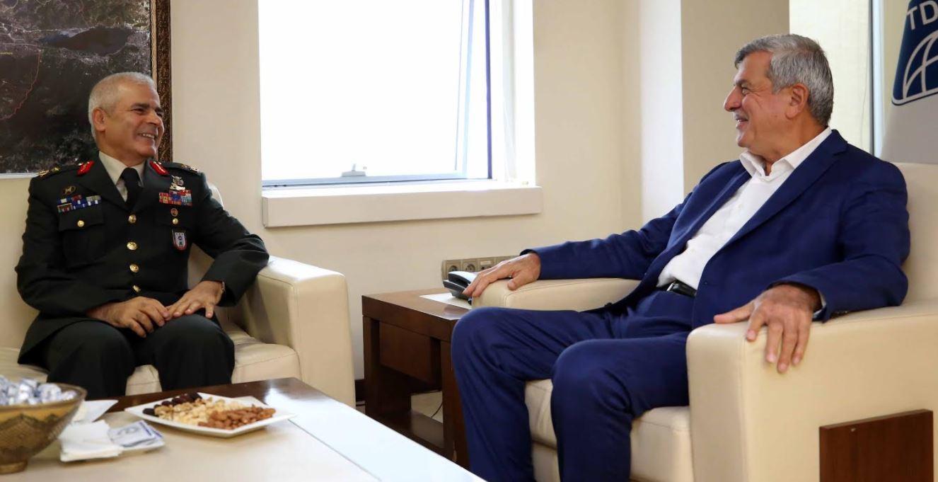 Karaosmanoğlu, EDOK Komutanı Dalkıran'ı ağırladı